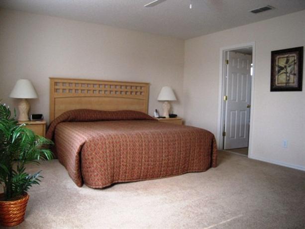 Photo 3 - Cocca's Inn & Suites Route 7 Latham