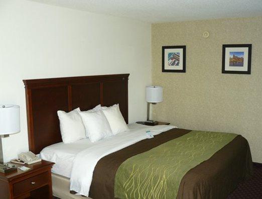 Photo 1 - Comfort Inn Nashville Opryland Area