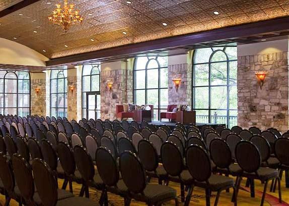 Photo 2 - Renaissance Austin Hotel