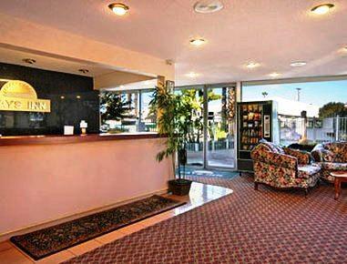 Photo 2 - Days Inn Blackstone Fresno (California)