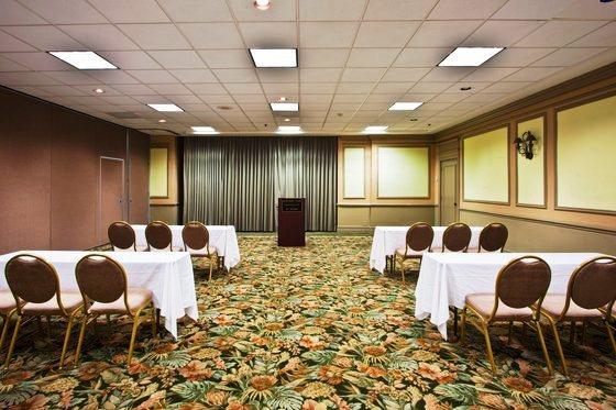 Photo 2 - Holiday Inn Coral Gables - University of Miami