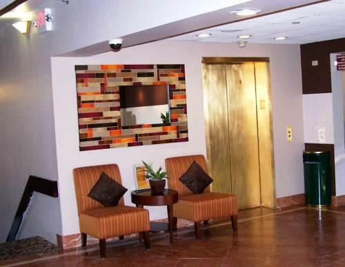 Photo 1 - Quality Inn And Suites Tallahassee