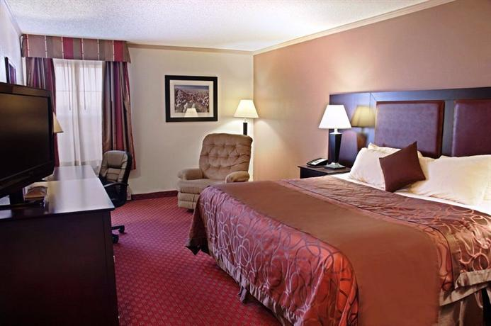 Photo 3 - BEST WESTERN Lubbock Windsor Inn