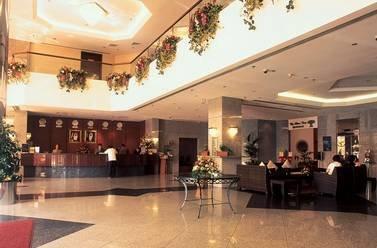 Photo 1 - Avari Dubai Hotel