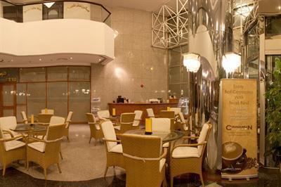 Photo 2 - Avari Dubai Hotel