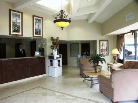 Photo 3 - Tropicana Inn & Suites