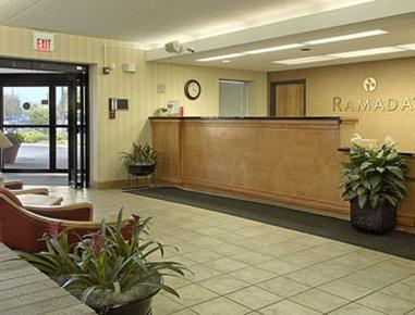 Photo 2 - Ramada Airport Indianapolis