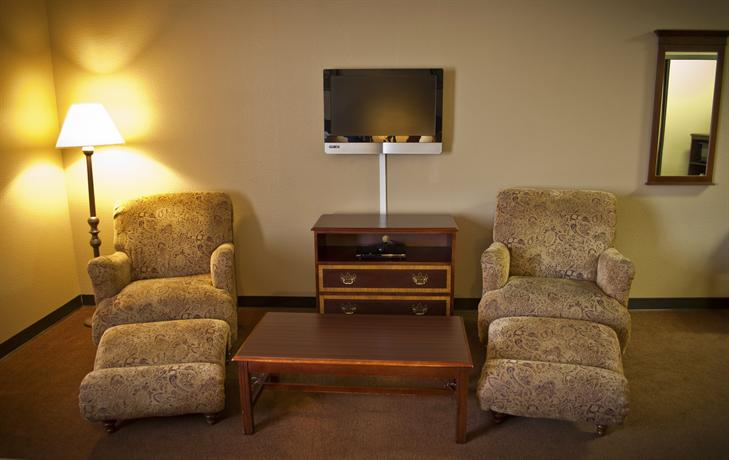 Photo 3 - Northrock Suites