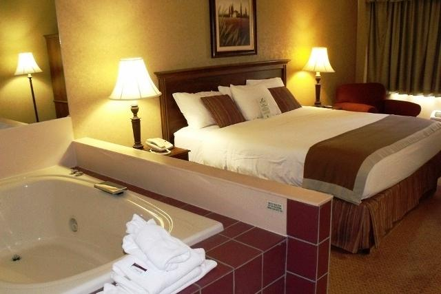 Photo 3 - Grand Oaks Hotel