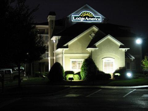 Photo 1 - Lodge America of Raleigh