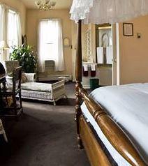 Photo 3 - Queen Anne Bed & Breakfast