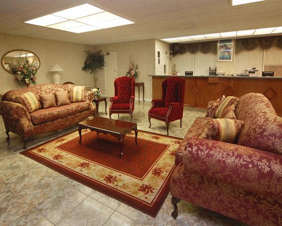 Photo 2 - America's Best Inn and Suites Altamonte Springs