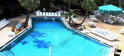 Photo 2 - Tropical Palms Resort and Campground