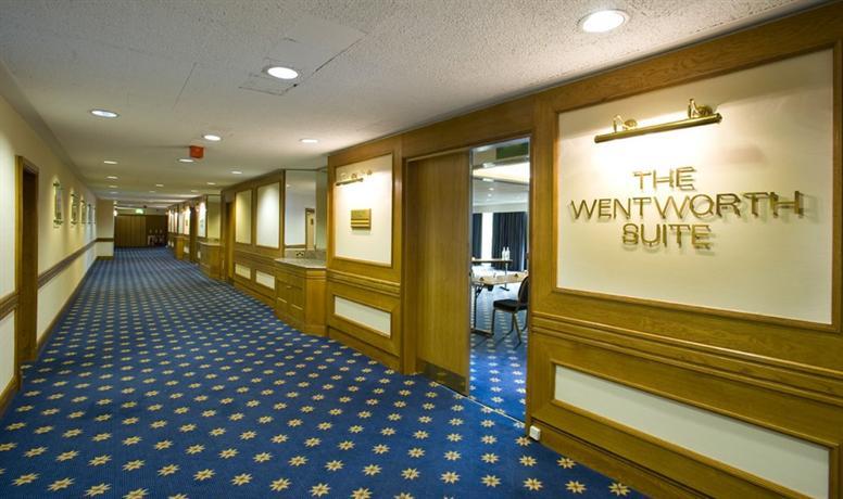 Photo 3 - Holiday Inn London - Wembley