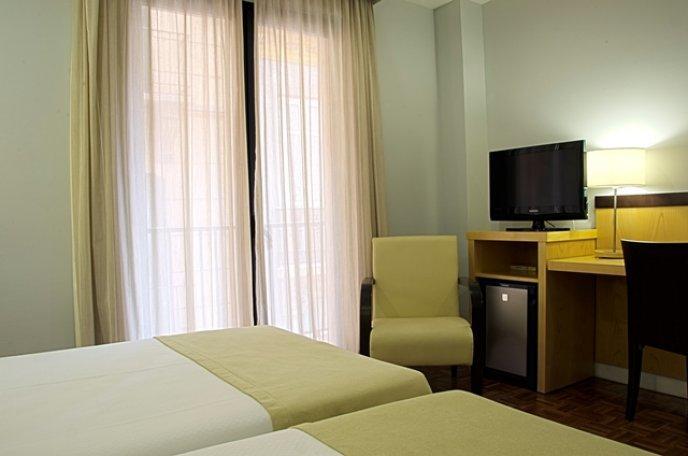 Photo 2 - Don Curro Hotel