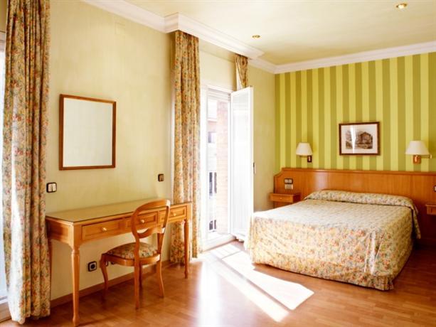 Photo 1 - Regencia Colon Hotel
