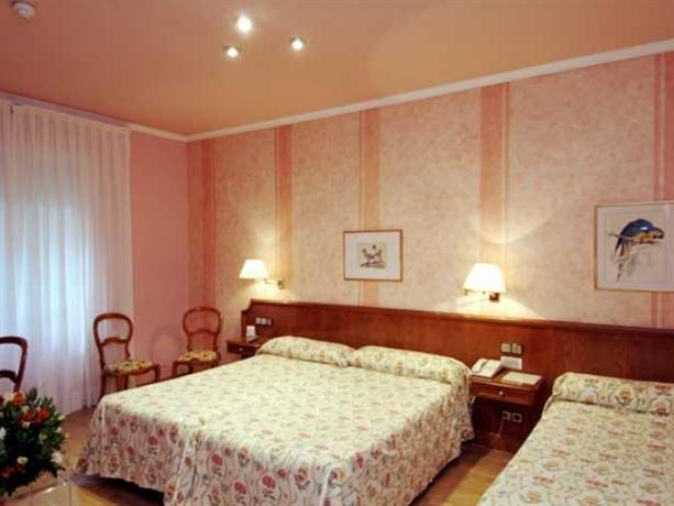 Photo 3 - Regencia Colon Hotel