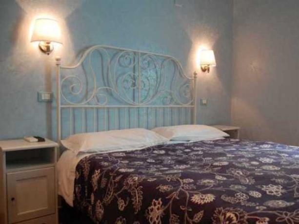 Photo 2 - Casa Cleo Bed & Breakfast Rome