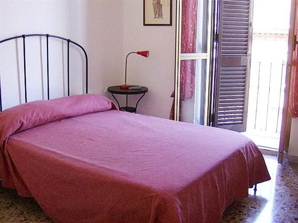 Photo 1 - Angelini Bedrooms B&B Rome