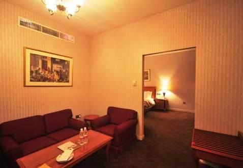 Photo 1 - Abjar Grand Hotel