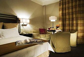 Photo 1 - Crowne Plaza Rome St. Peter's