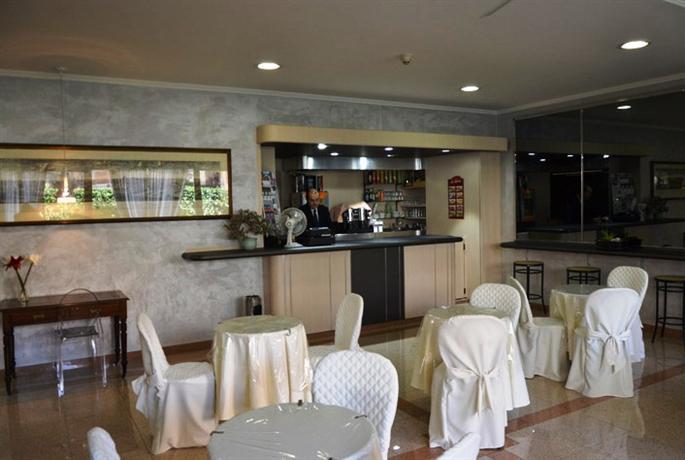 Photo 2 - Marc Aurelio Hotel