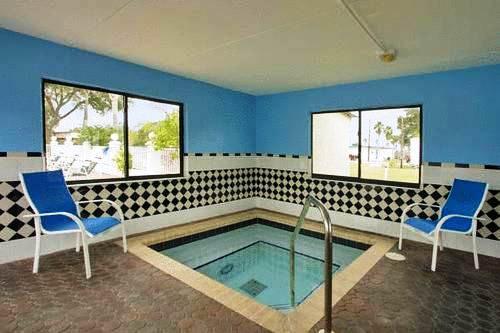Photo 1 - Gulfway Inn