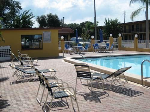 Photo 3 - Gulfway Inn