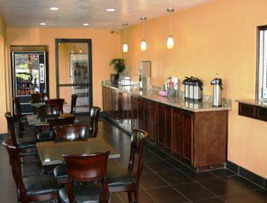 Photo 1 - Knights Inn Tulsa