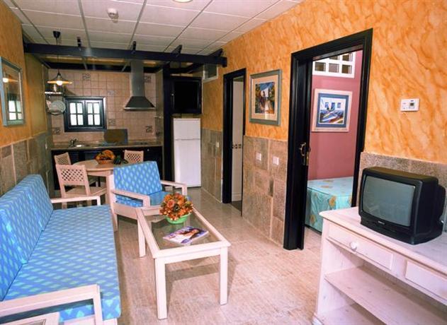 Photo 3 - Anamar Suites