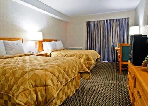 Photo 1 - Clarion Hotel & Suites Winnipeg