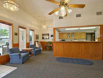 Photo 2 - Super 8 Motel East Kellogg Wichita