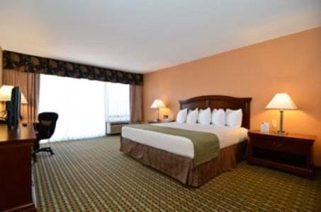 Photo 2 - Quality Inn & Suites - Amarillo