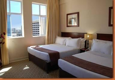 Photo 2 - Albany Hotel