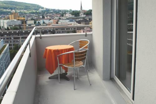 Photo 1 - Apartments Zurich-Oerlikon, Friesstrasse 8