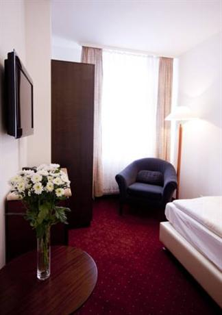 Photo 2 - Hotel Prens Berlin