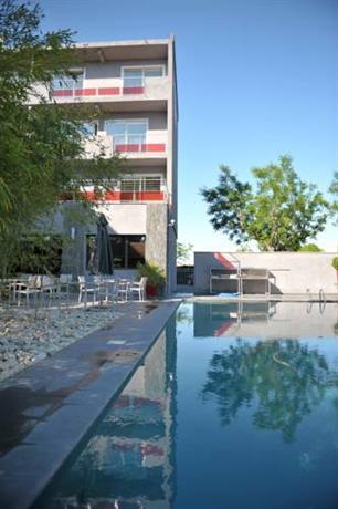 Photo 1 - Safari Hotel Carpentras