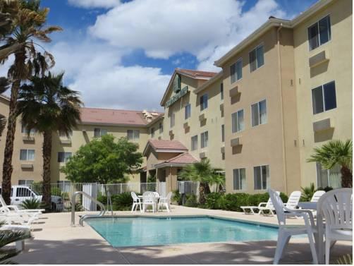 Photo 1 - Crestwood Suites Las Vegas Boulevard