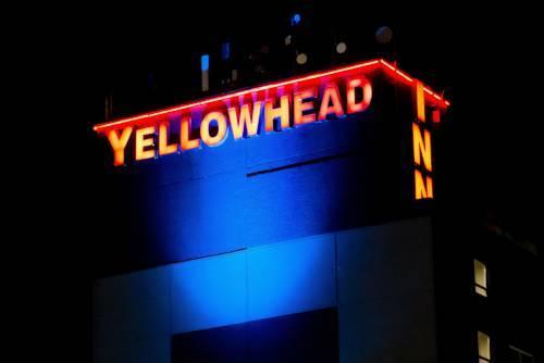Photo 1 - Yellowhead Inn Edmonton