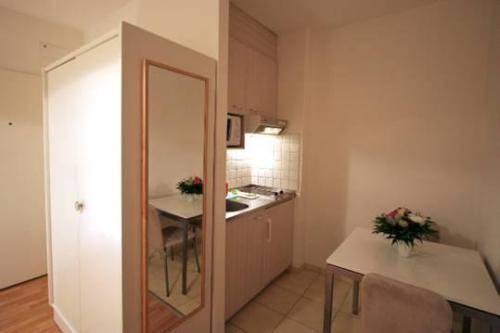 Photo 2 - Apartments Zurich Aussersihl Morgartenstrasse