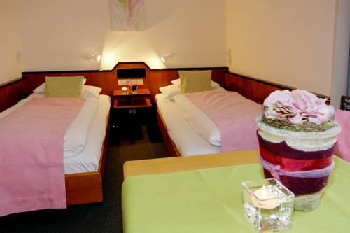 Photo 2 - Hotel Princess Plochingen