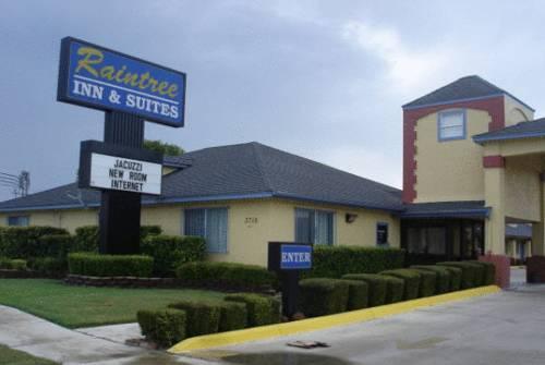 Photo 1 - Raintree Inn and Suites San Antonio