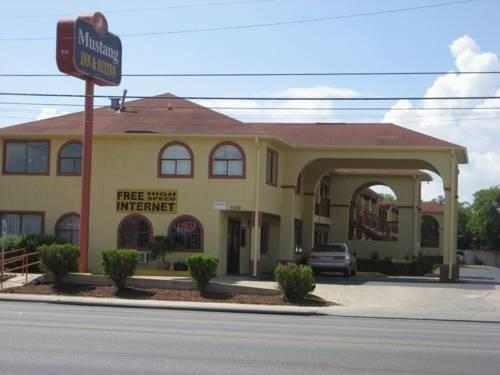 Photo 1 - Mustang Inn and Suites San Antonio