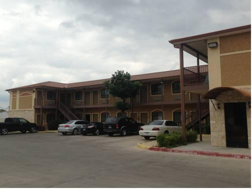 Photo 3 - Camino Real Motel
