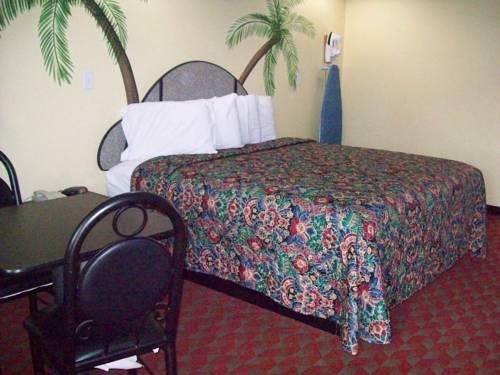 Photo 1 - Palace Inn San Antonio