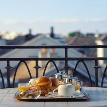 Photo 3 - Central Hotel Geneva