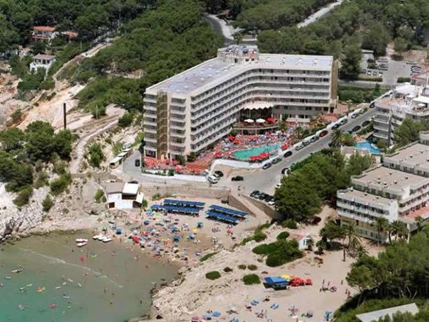 Photo 1 - Cala Font Hotel