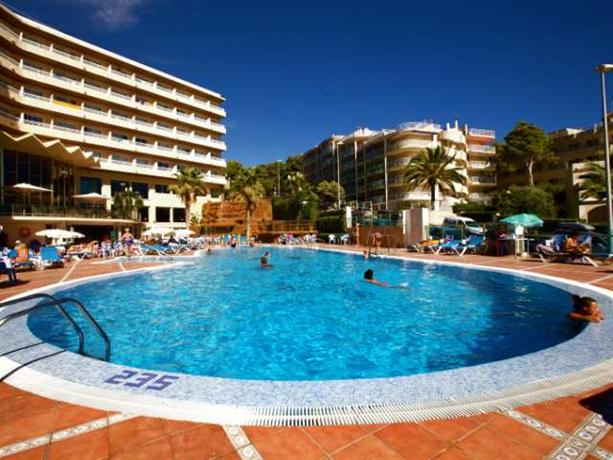 Photo 3 - Cala Font Hotel