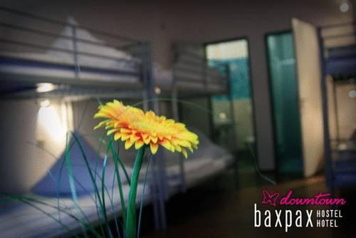 Photo 3 - Baxpax Downtown Hostel Hotel