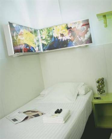 Photo 3 - Hostal Gat Raval